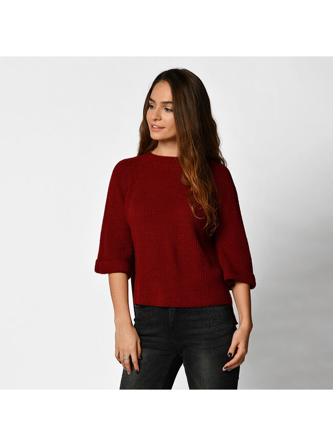 Asymetric Sweater With Wide Sleeves